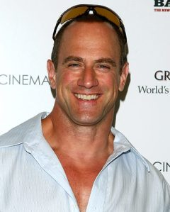 e146a_gal_tan_chris_meloni