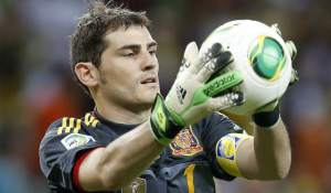 iker-casillas-en-la-porteria-del-real-madrid