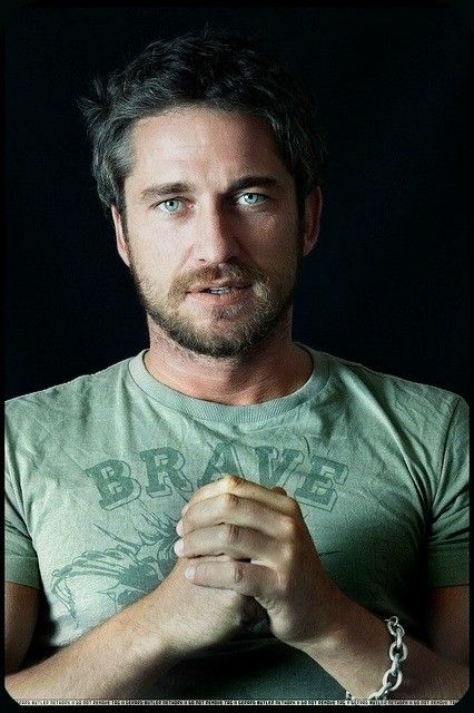 Totally Tantalizing Tuesday – Gerard Butler « Jessica Jayne